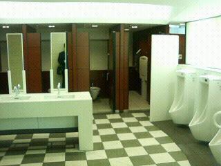 公衆トイレ@三越前