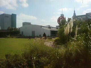 新宿・伊勢丹の屋上緑化「アイ・ガーデン」